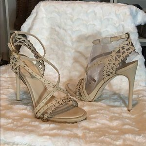 NEW IN BOX BCBG NUDE LEATHER HEELED SANDAL